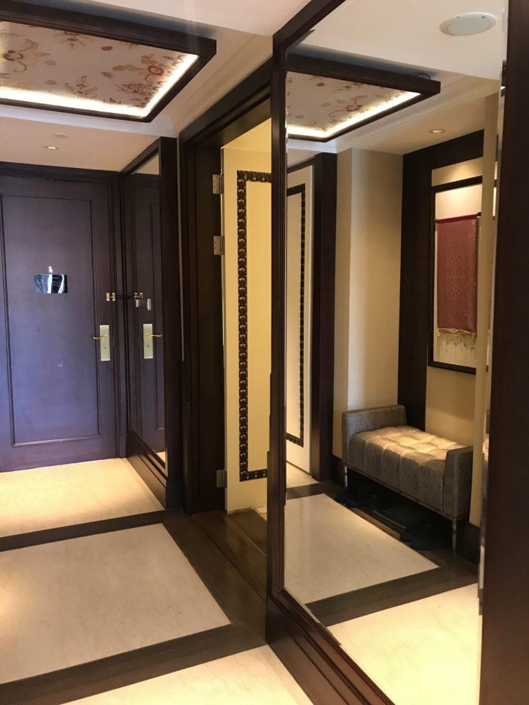 Trans Hotel Premier Suite