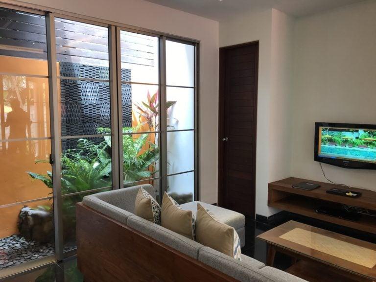 Living room at Sun Island Seminyak Hotel