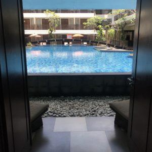 Pool access suite kuta