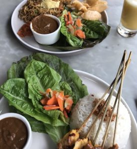 White Orchid in Ubud - cheap mie goreng restaurant