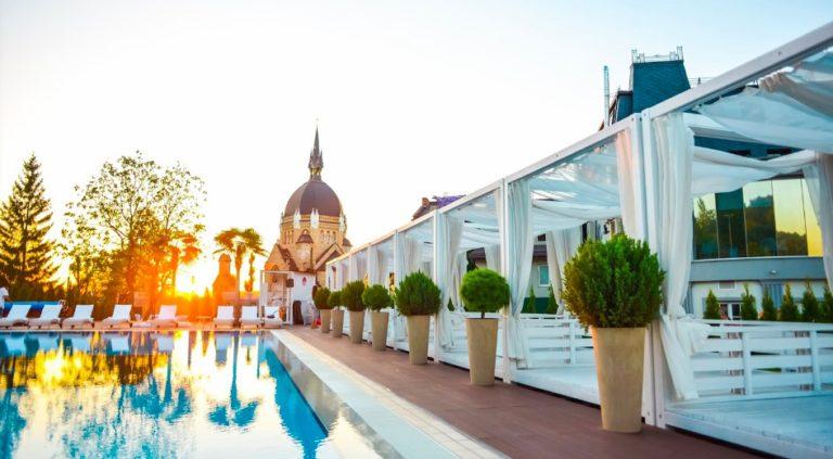 cheapest 5 star hotels - Kavalier in Lviv Ukraine