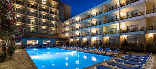 Top Kelowna Lakefront Hotels