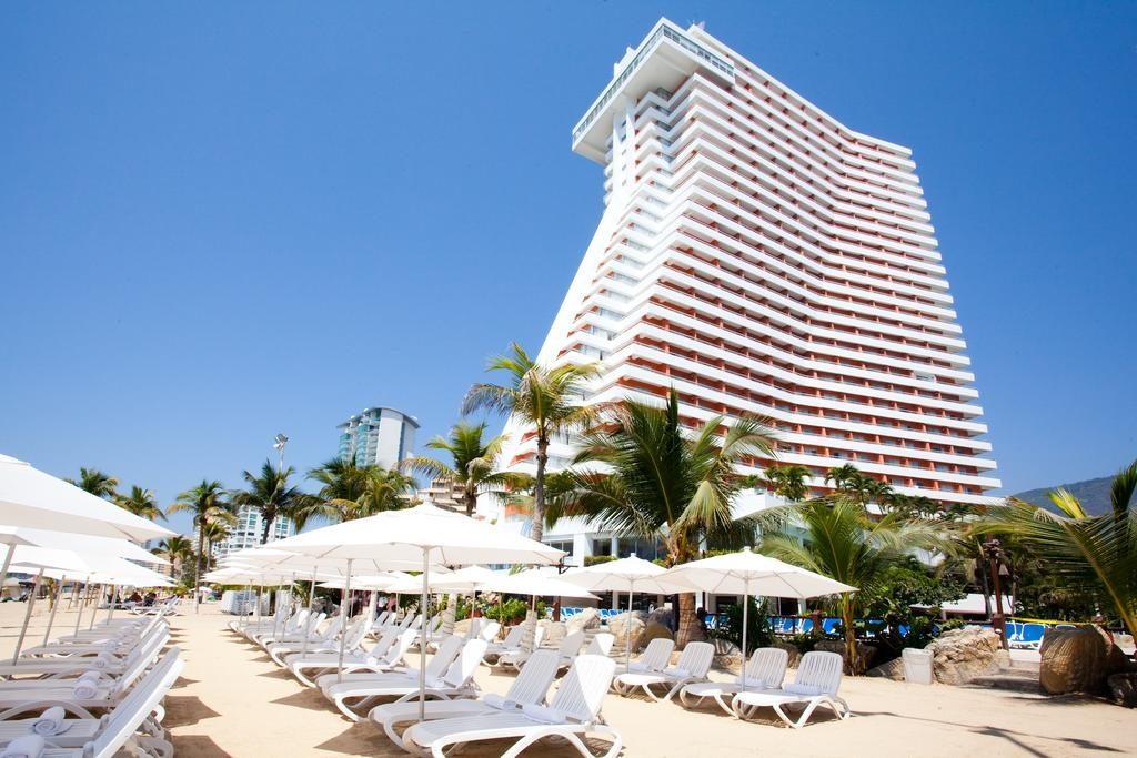 affordable beachfront resort mexico gran plaza