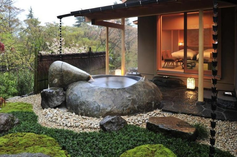 luxury onsen in Japan
