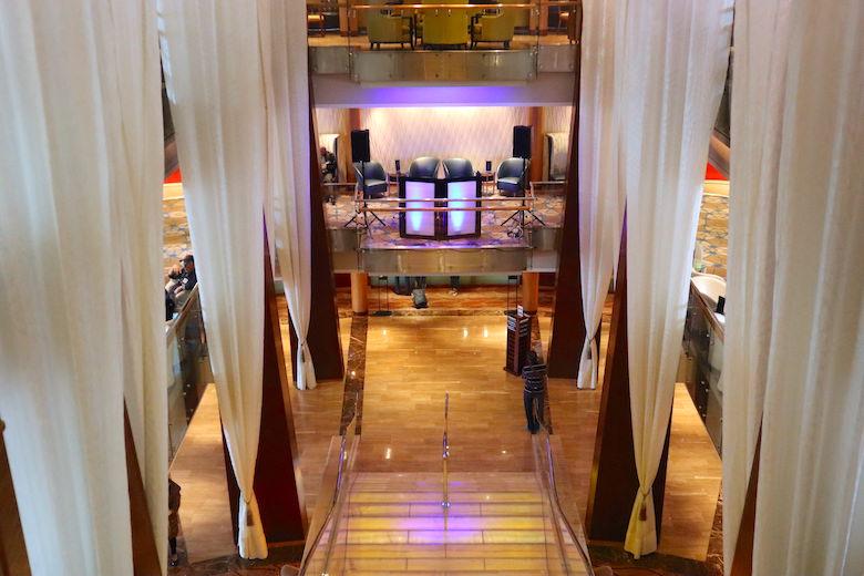 Grand Foyer Celebrity Millennium