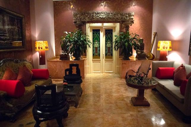 apsara suite in tugu malang hotel living room