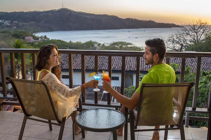 la colina ura vista - cheap hotels in costa rica