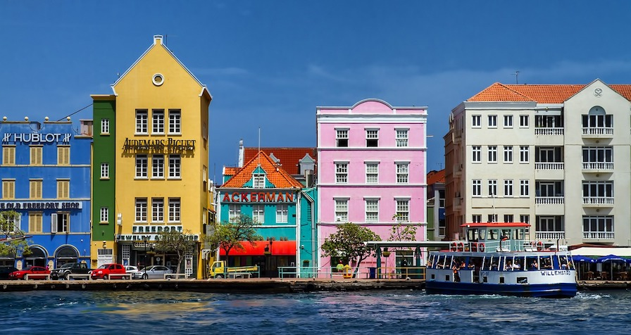 curacao is cheap for canadians to travel in 2019