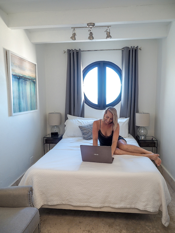 Working and travelling abroad as a digital nomad