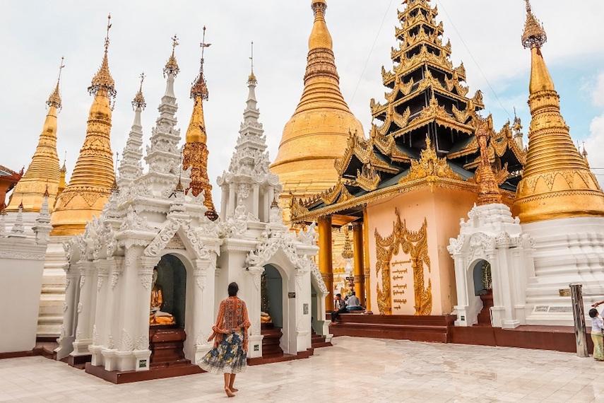 Shwedagon Pagoda tips, entry and hours