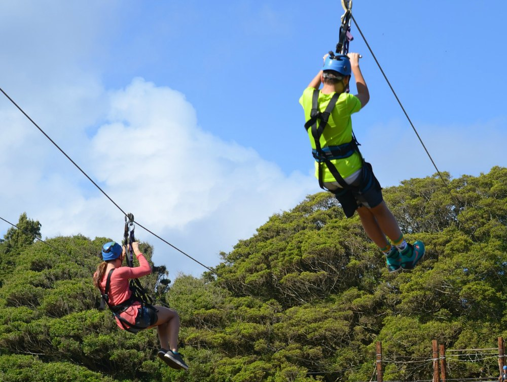 Zipline in CHiang Mai Thailand - Touirst Dies after fall