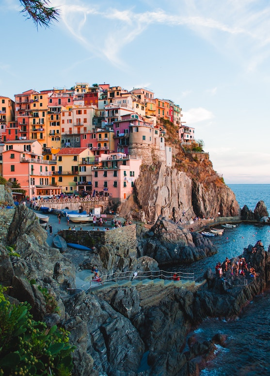 Canadians can travel to Italy for 90 days Visa free