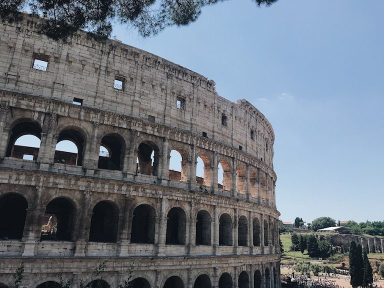 See the colosseum for free