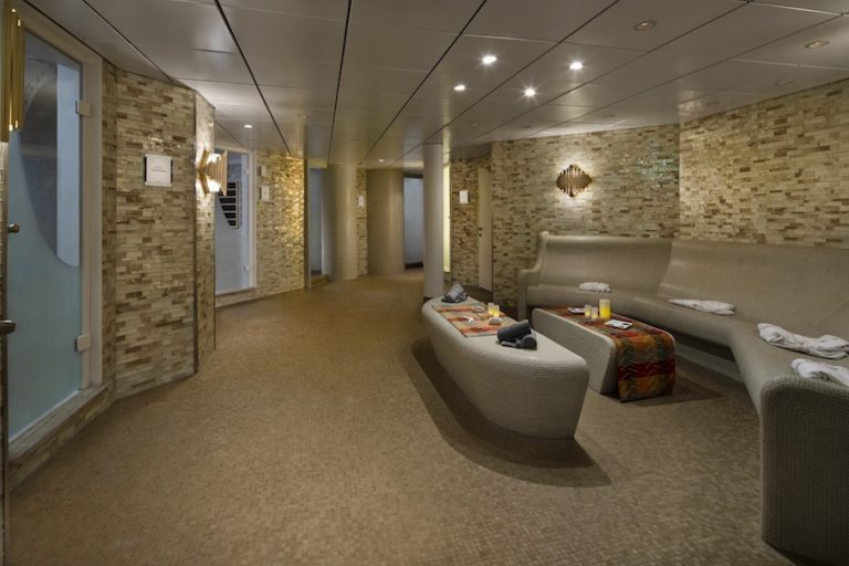 Persian gardens on Millennium - Unlimited access with Aqua Class