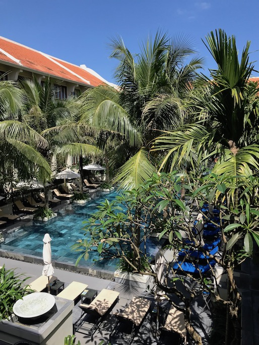 Almanity hotel