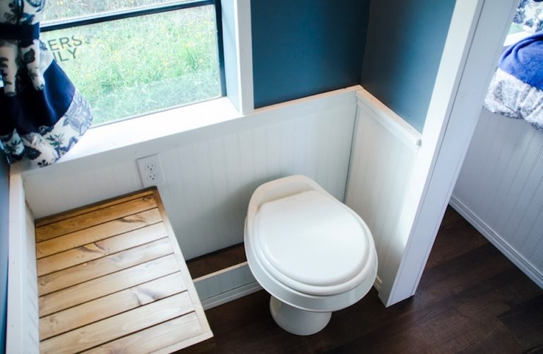 Skoolie bathroom canada