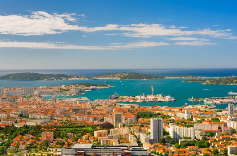 Toulon is the warmest city in France in the winter