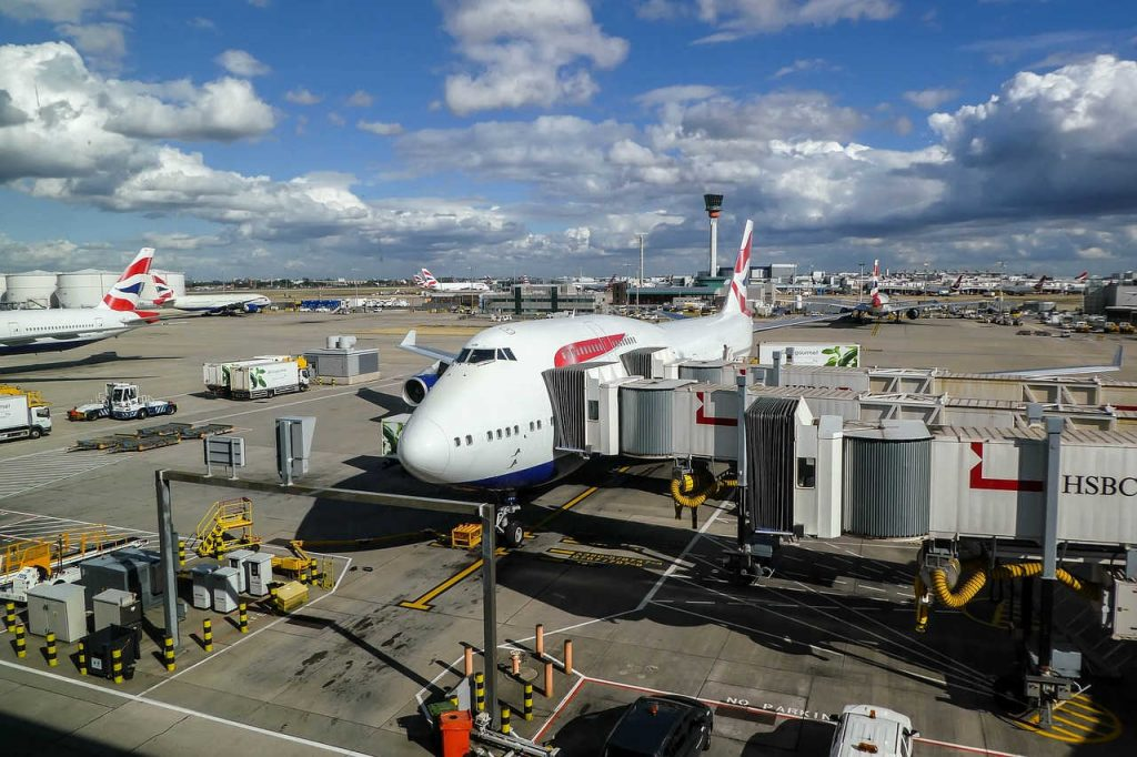 British Airways Plane sits waiting for strike to end (1)