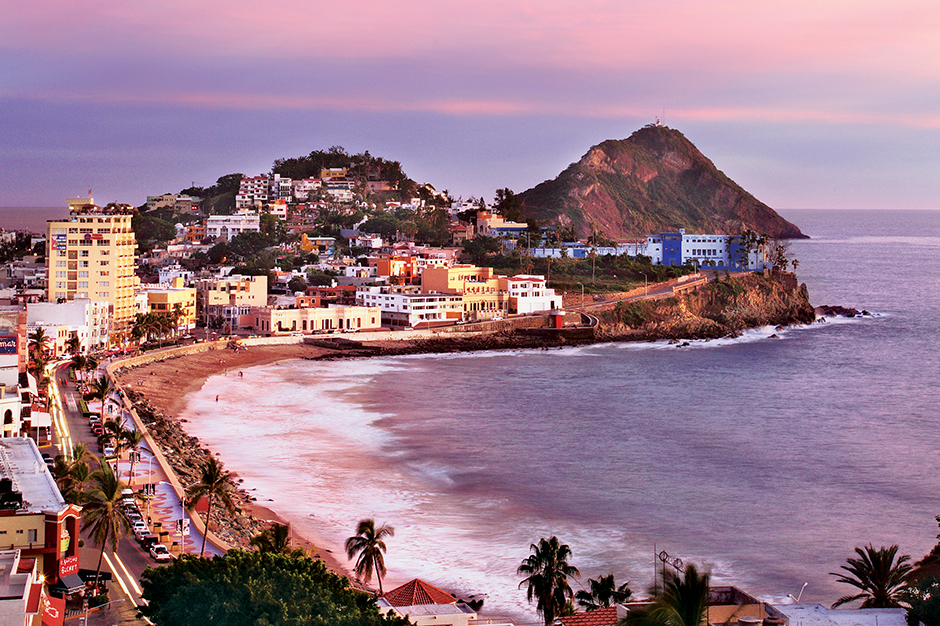 Mazatlan Sinaloa VS Puerto Vallarta
