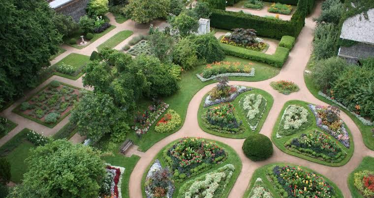 Royal Gardens in Annapolis Royal