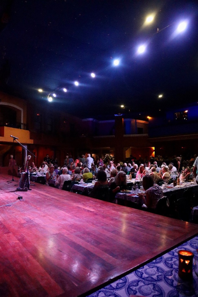 Salon de venados theatre playa maztlan hotel
