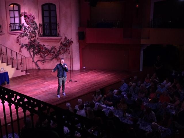 Murray Valentino performing at the Mazatlán comedy club