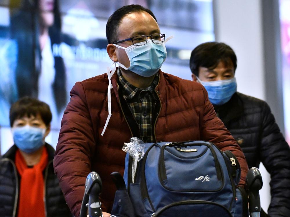 China traveler wearing mask