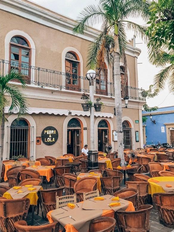 restaurants in centro maz