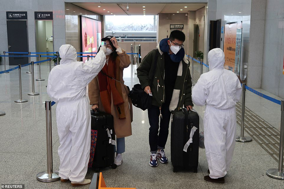 infected people ait airport china