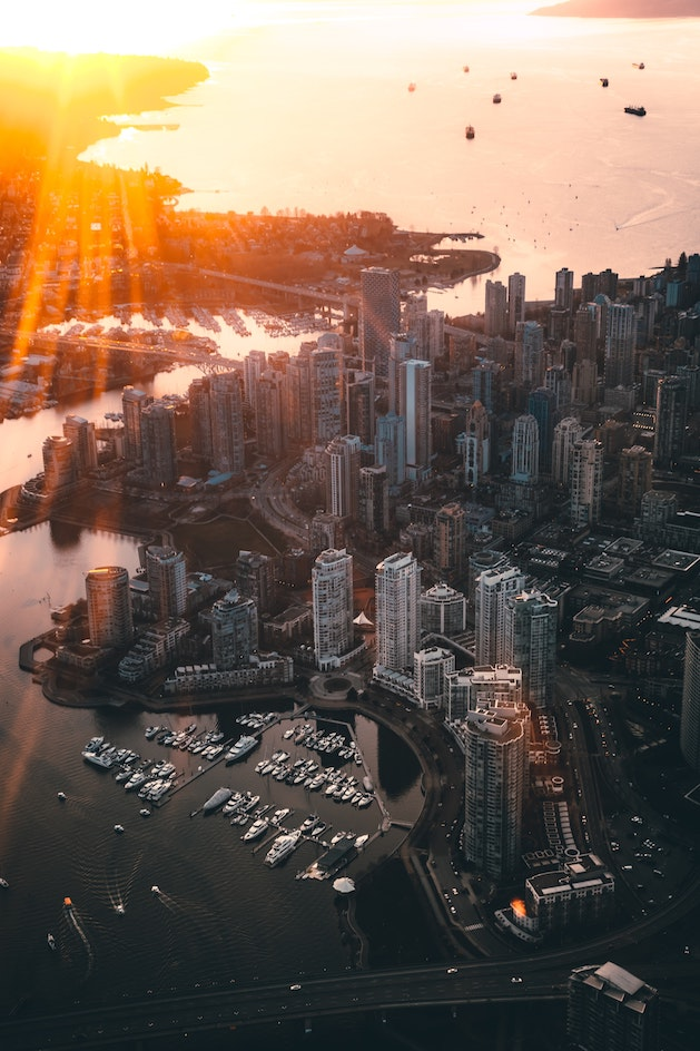 direct flights from winnipeg to vancouver