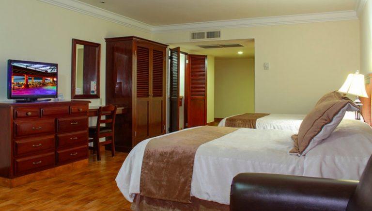 hotel room - delfin at playa mazatlan