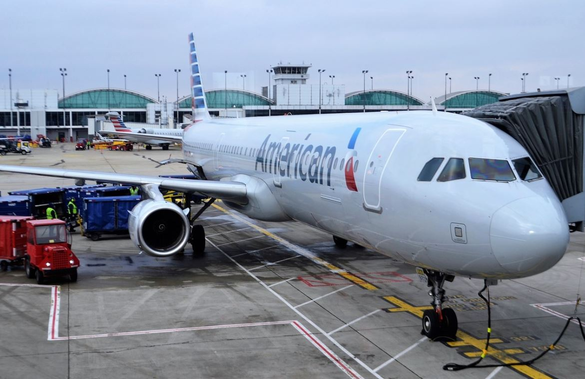 jewish suing american airlines body odor discrimination