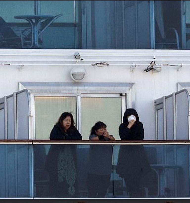 quarantined cruise passengers