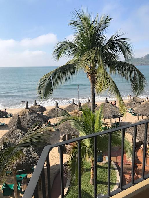day pass for cruise play mazatlan hotel