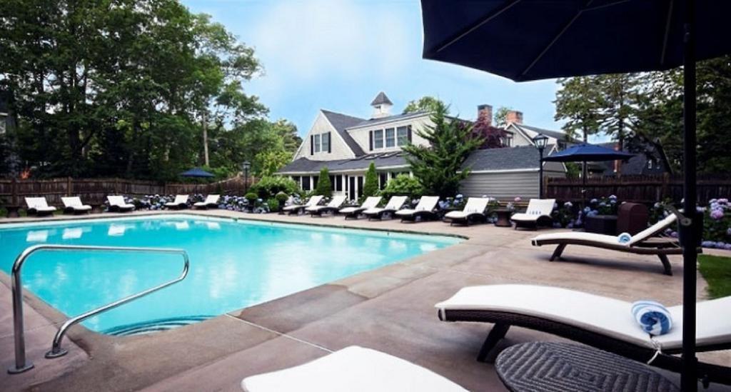 Cape Arundel Inn & Resort
