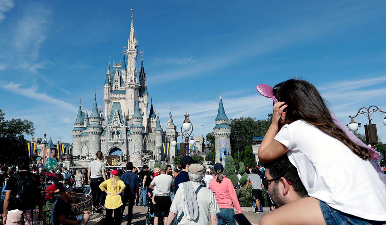 Travel Advisory Disney Closes All Theme Parks As Coronavirus Spreads Globally (2)