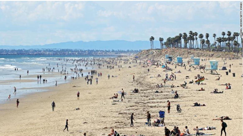 busy california beaches coronavirus