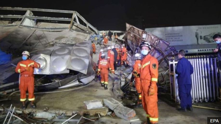 rescue workers hotel collapse