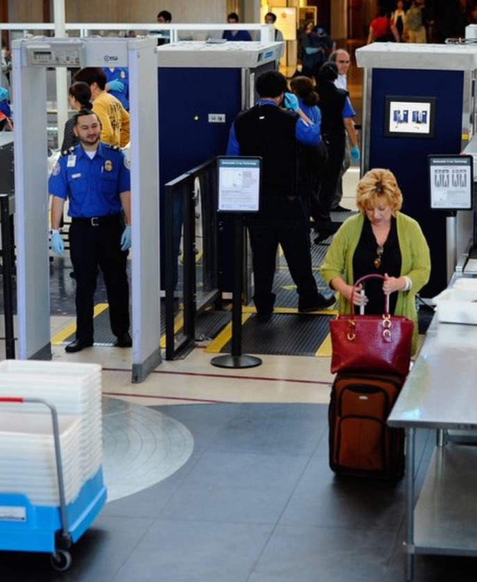 airport security hygiene