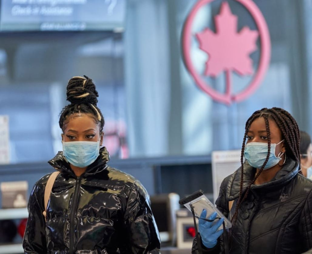 canada airport face mask