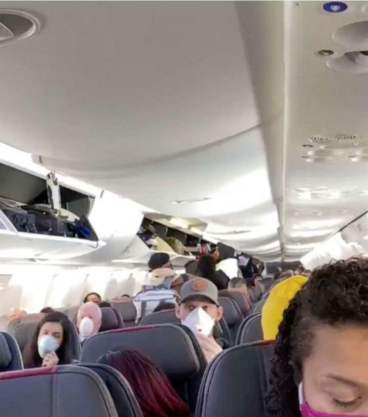 face covering on flight