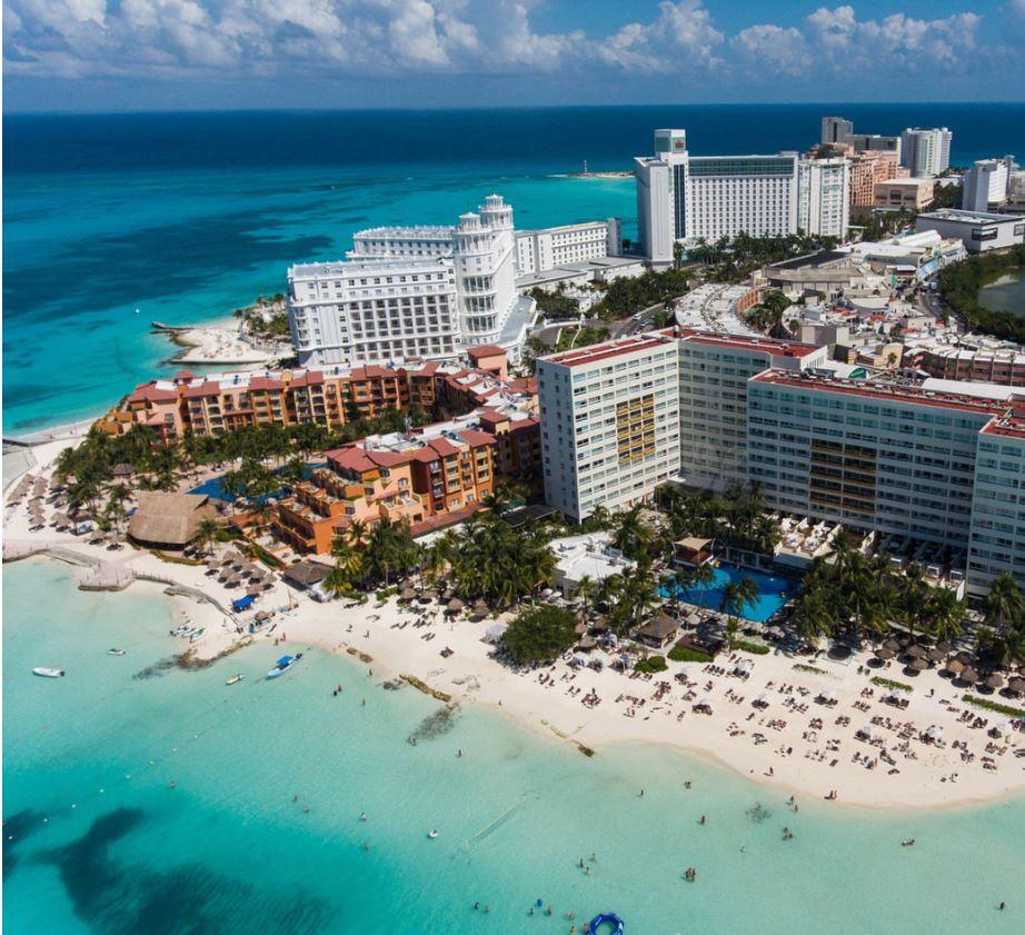 Aerial view of dreams resort cancun