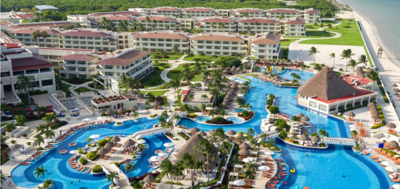 Cancun All Inclusive Resort With 2300 Rooms Will Reopen June 1st. This is How