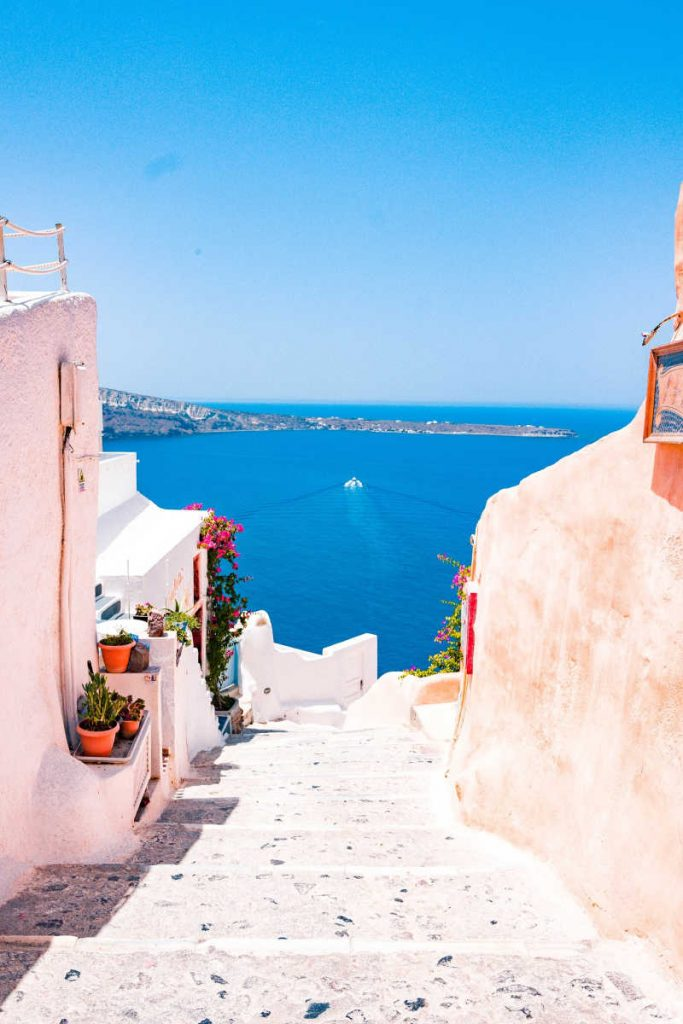 Greece oceanview from wgite stone stairs