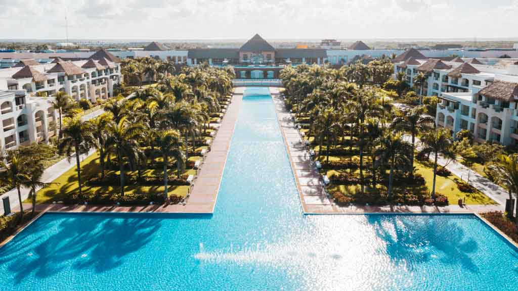 Punta Cana All Inclusive Resort With 1700 Rooms Will Reopen June 1st