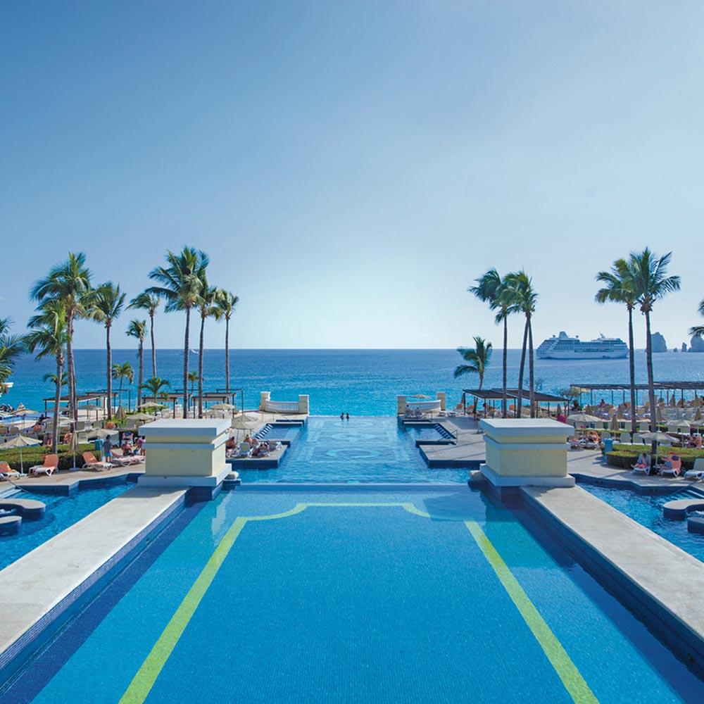 Riu hotel pool los cabos