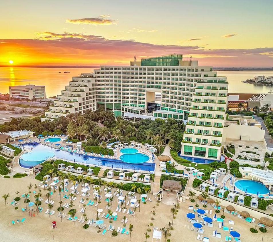 can aqua beachfront hotel