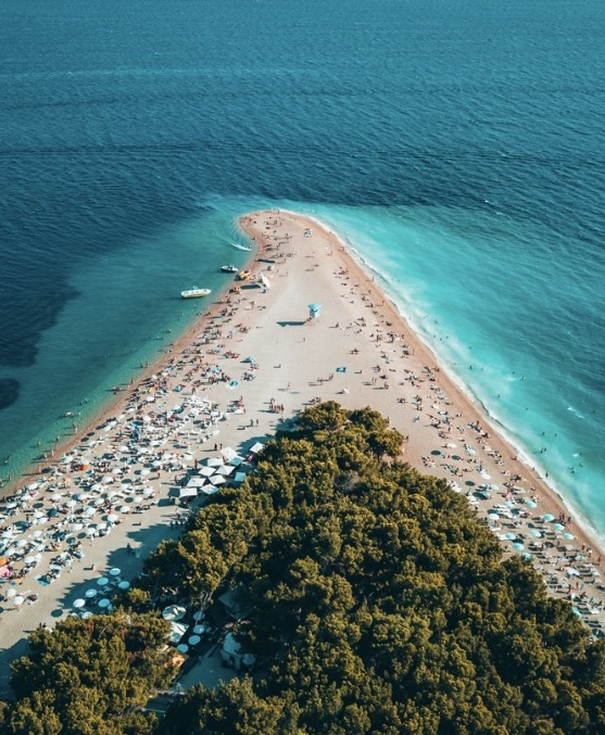 Croatia reopening