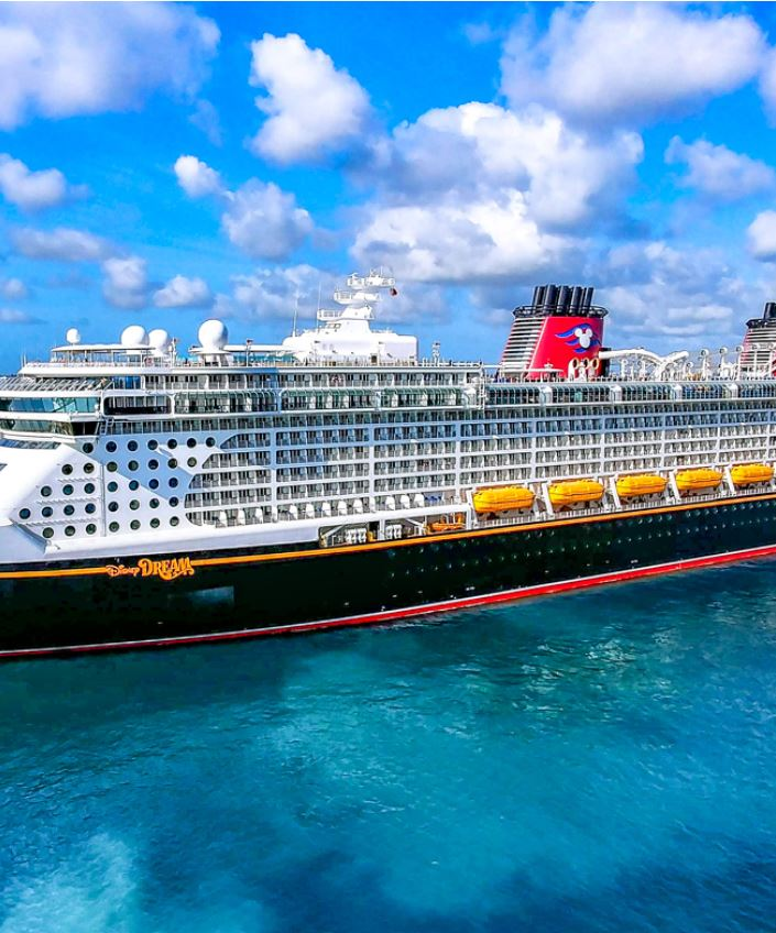 DIsney Dream at dock