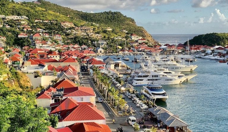st.barths reopening tourism in june